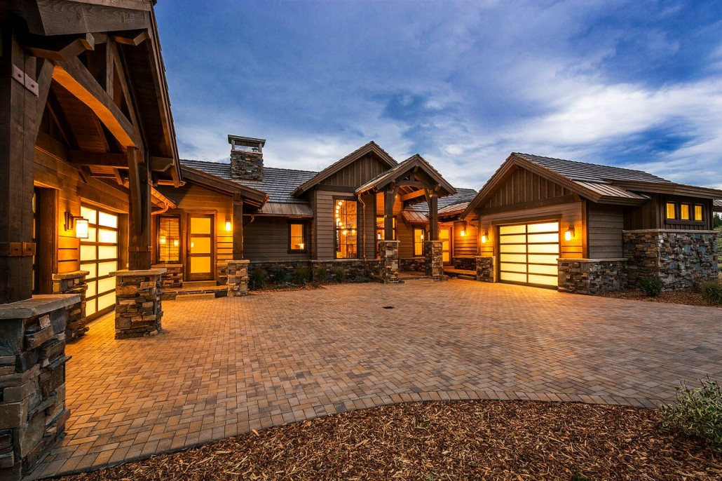 Glenwild rambler park city lane myers construction for Luxury home exterior