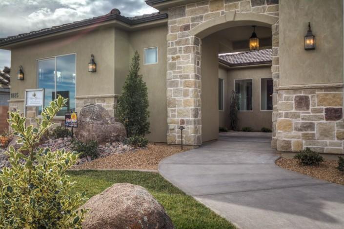 Green Springs Estate - St. George - Front Entrance