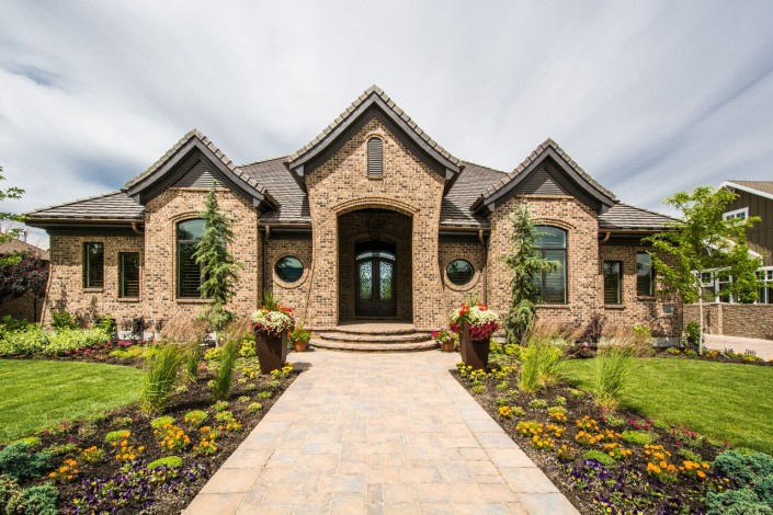 Lane myers construction utah custom home builders for Luxury home exteriors