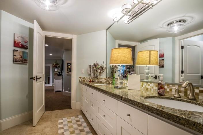 Polo Club Court - South Jordan Custom Home Interior Bathroom double sinks