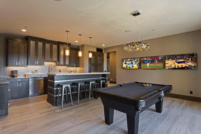 Promontory Rambler - Park City Custom Home Interior Bar with billiard table
