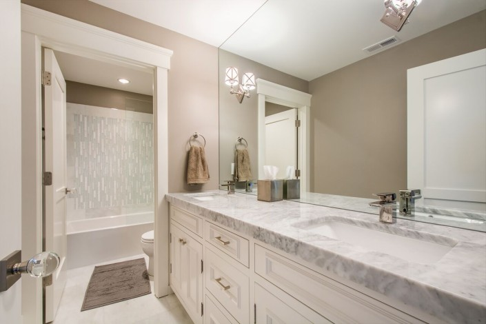 The Avenues - Salt Lake Custom Homes Interior Bathroom double sinks