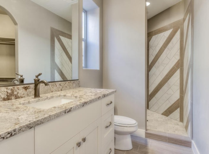 Washington Vistas 156 Bathroom Shot