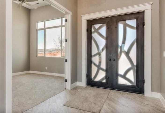 Washington Vistas - St. George Custom Homes Interior entrance
