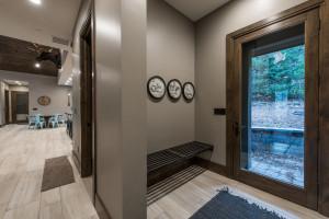 Utah Custom Homes Kamas Mud Room