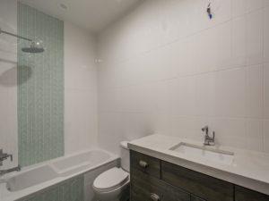 bathroom_800x600_2585849